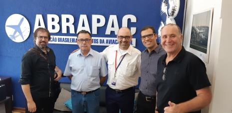 Da esq. p/dir.: André Manhani, Lineu Saraiva, Rissiardi Molina, André Pacheco e Paulo Licati