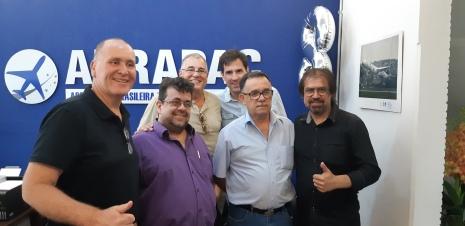 Da esq. p/dir.: Paulo Licati, Cláudio Luicchesi, Ricardo Axcar, Emerson Macedo, Lineu Saraiva e André Manhani